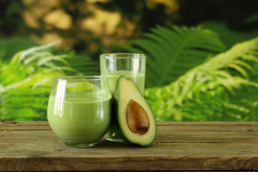 Smoothie végane au Matcha & avocat/ Matcha & avocado vegan smoothie