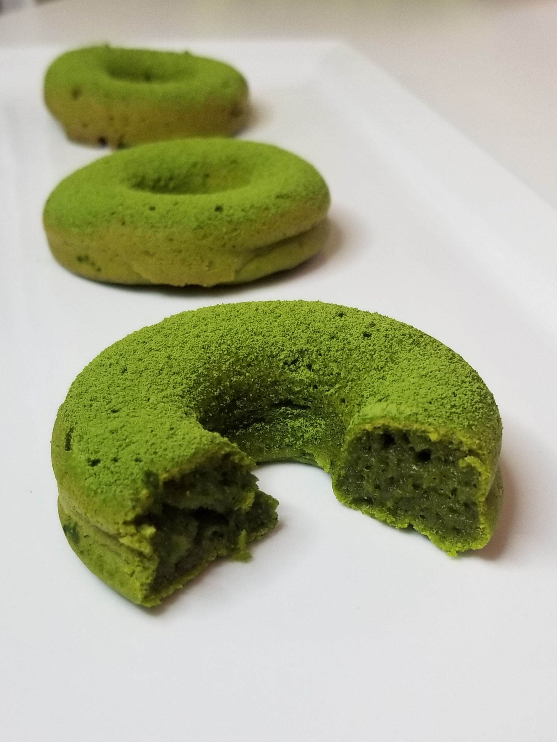 Matcha & coconut Mochi brownie